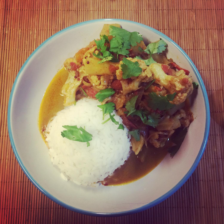 enplatado de coliflor al curry