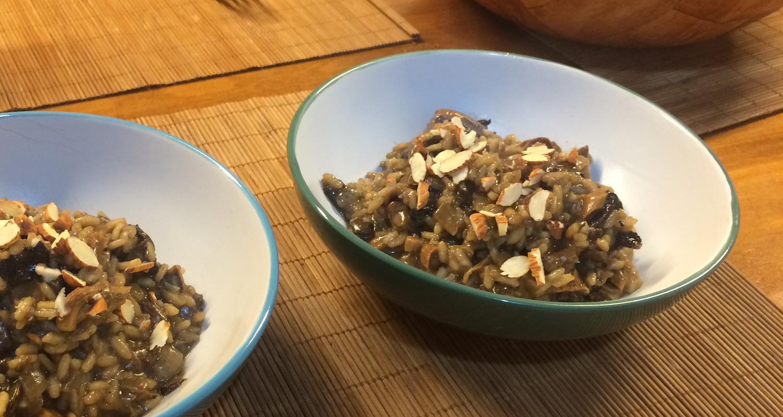 risotto de hongos y almendras