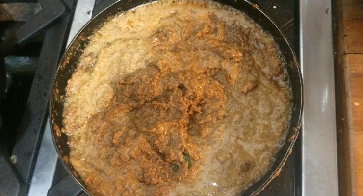 salsa-de-mani-cocinandose