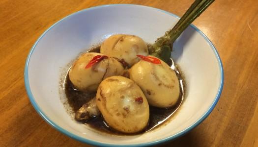 Huevos cocidos en salsa Pindang