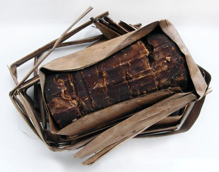 Gula jawa (azúcar javanesa marrón)