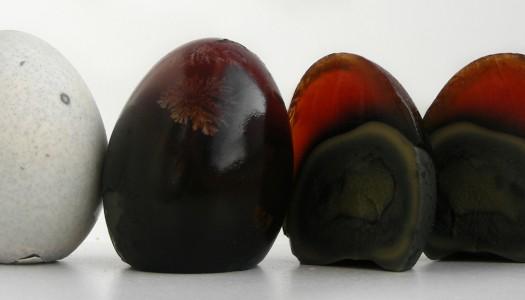 Huevo Milenario (huevos de pato conservados)