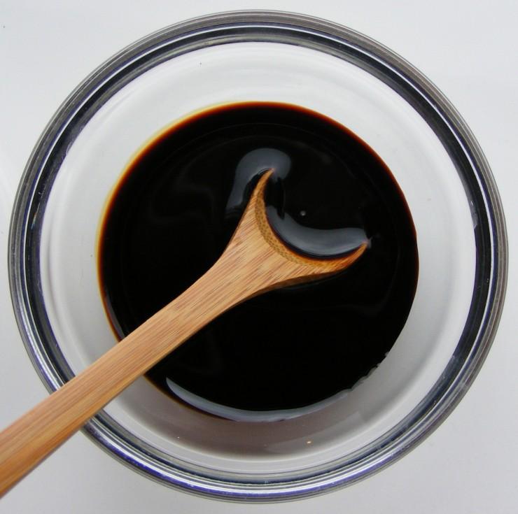 Salsa de soja oscura