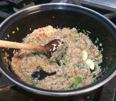 Salteando el arroz